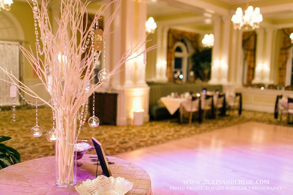 Glam Wedding Wish Tree