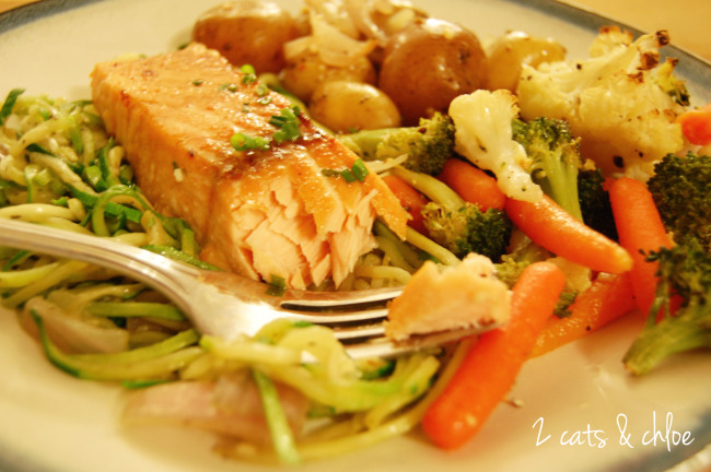 2 cats & chloe: Paleo Salmon Dinner