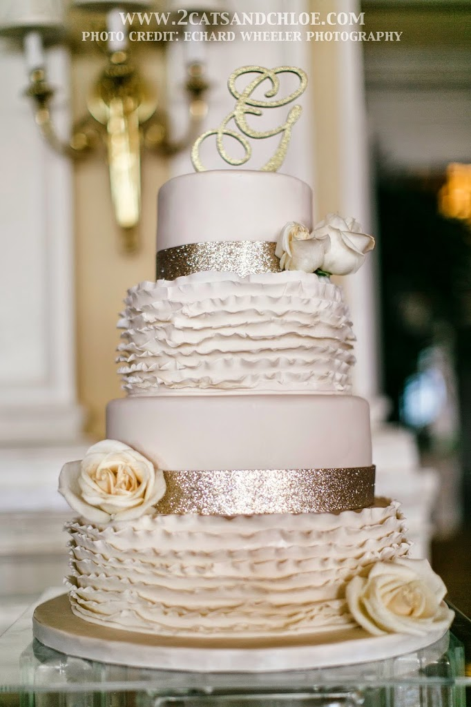 glamour wedding cakes wedding details classic glam with a dash of 2 cats 14714